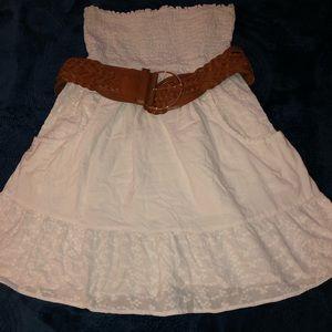 White strapless dress 🎂